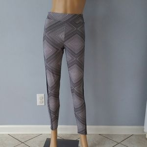 Black and white workout leggings. Size Large